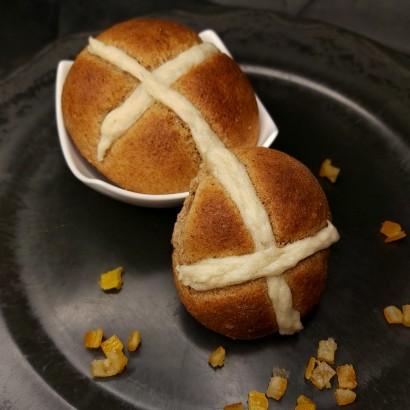 Hot Cross Buns - angielskie bułki