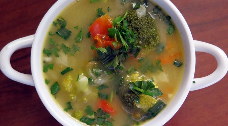 Zupa paprykowo- brokułowa