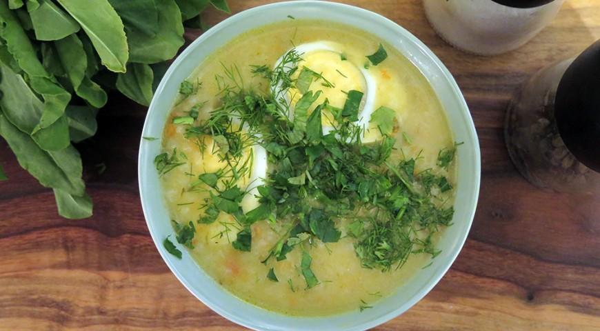 Zupa ze świeżym szczawiem i ryżem
