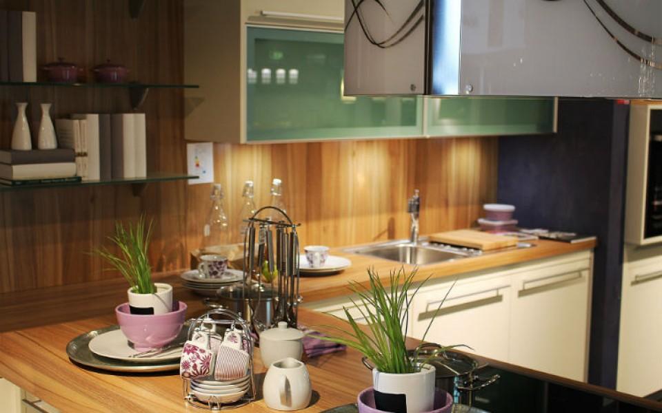 Cztery naprawdę sprytne triki w małej kuchni (Punkt drugi Cię zaskoczy!)