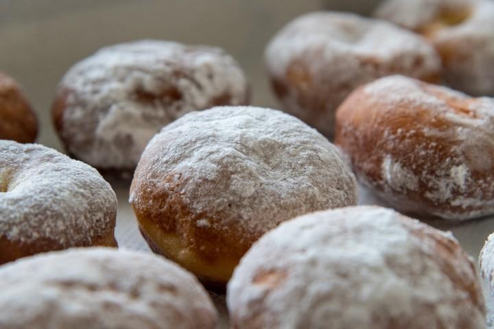 Domowe pączki i inne słodycze na karnawał – jak zrobić je z robotem kuchennym? – Speedcook